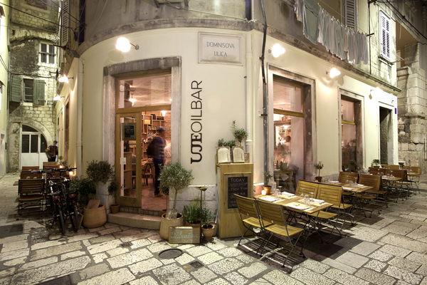 UJE oil bar - Dominisova 3, Split, Croatia